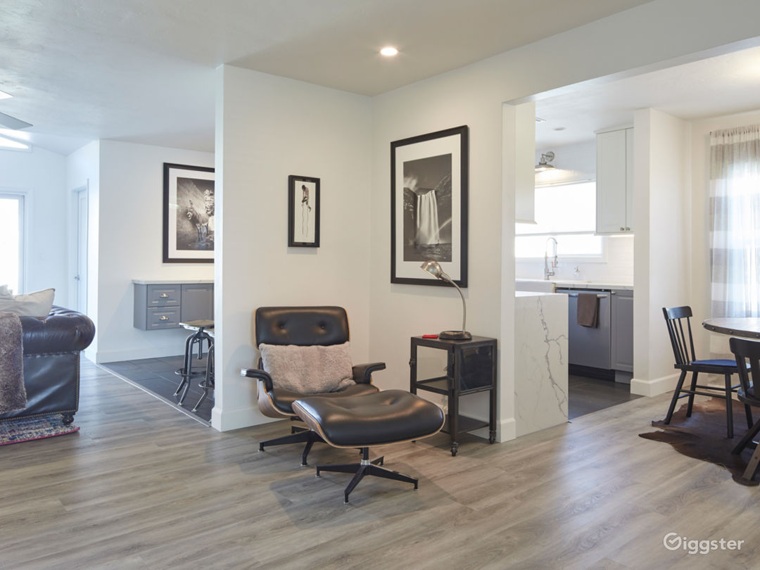 Blank Canvas.  Clean updated family home with open floor plan. Entryway POV