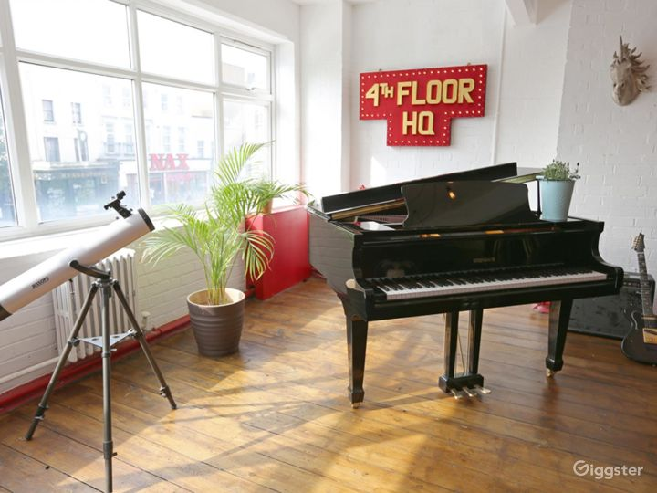 Enchanting Studio in London Photo 3