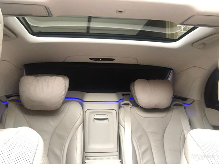 Mercedes-Benz S-Class Ultimate in Luxury Photo 3