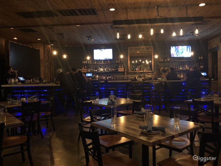 Intimate and Private Main Dining Space Photo 4