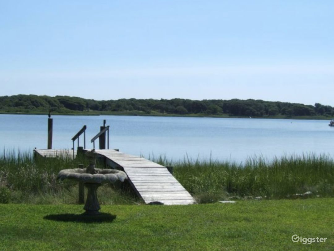 Little Neck Waterfront Photo 3