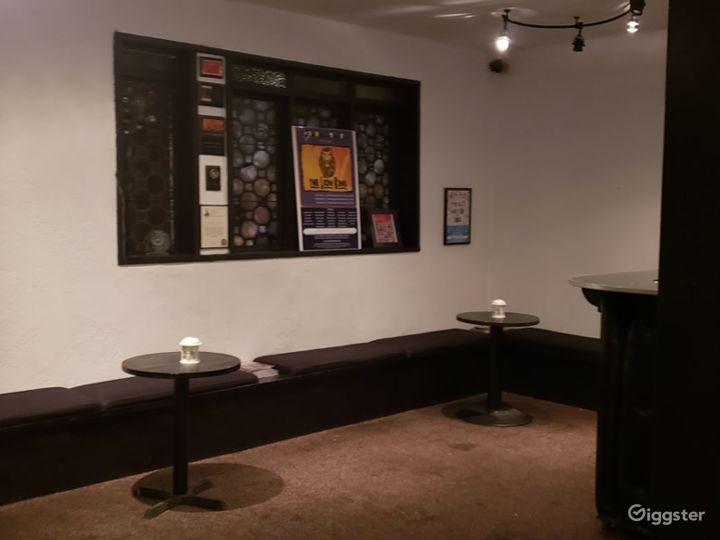 Atmospheric Theatre in Los Angeles Photo 5