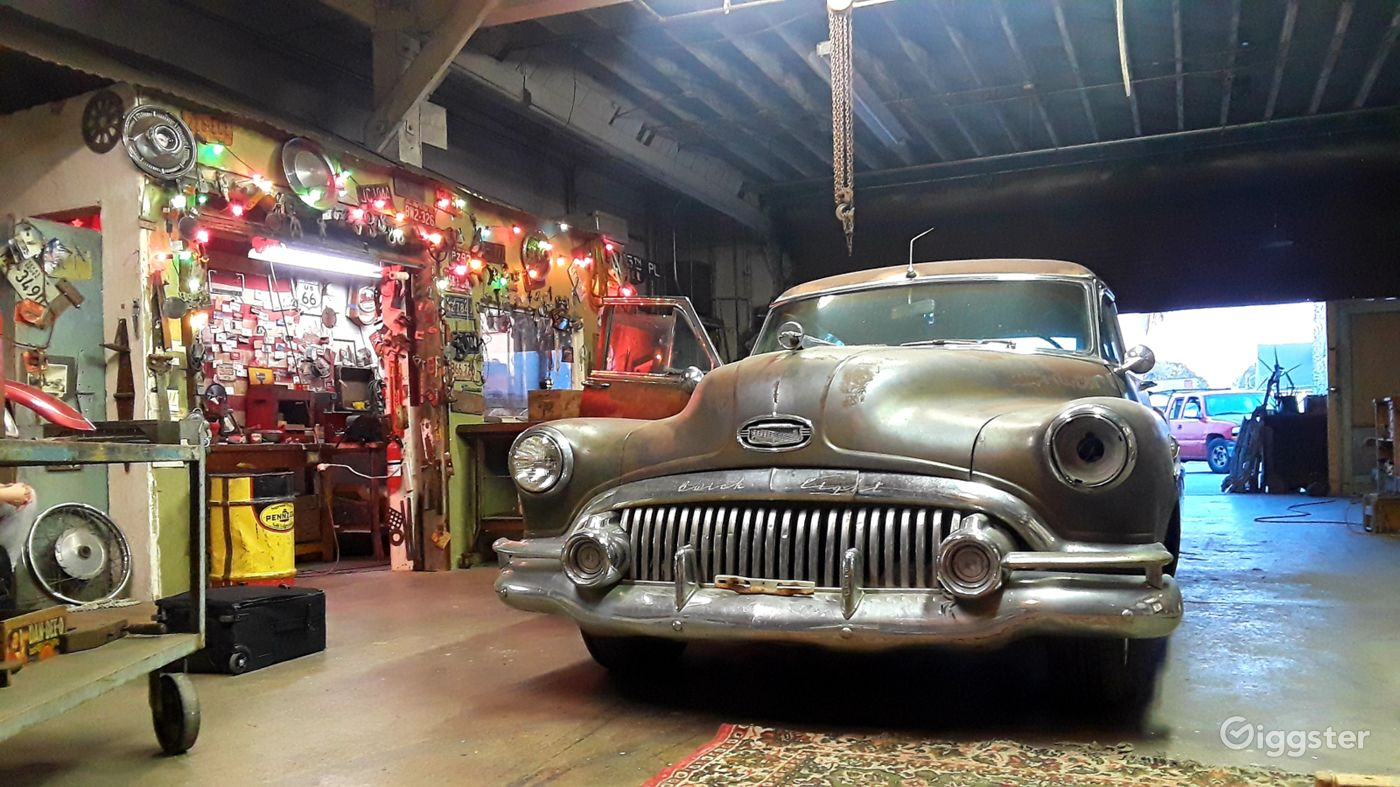 Vintage Warehouse with Props Included near Park Mesa Heights Los Angeles Rental