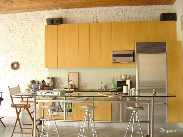 Contemporary NY loft apartment: Location 2969 Photo 5