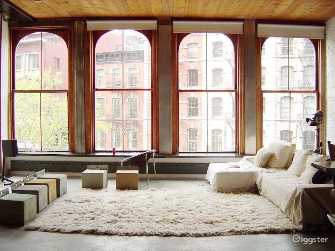 Contemporary NY loft apartment: Location 2969 Photo 1