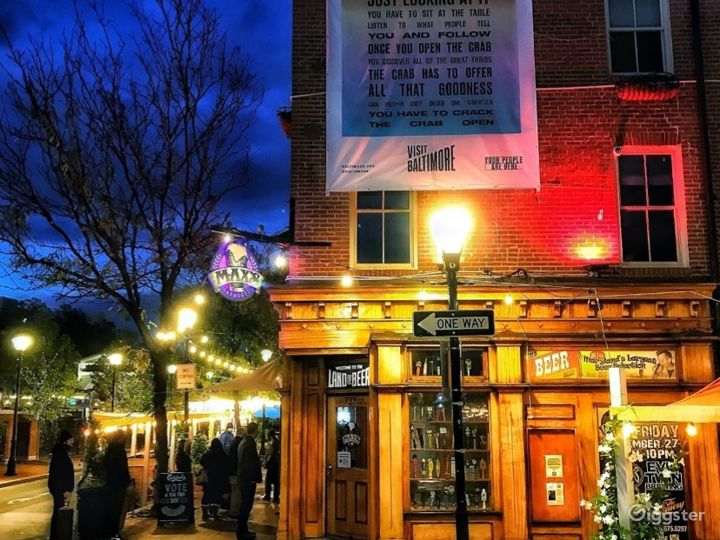 Contemporary Bar in Baltimore, Maryland with Largest Beer Selection Photo 2