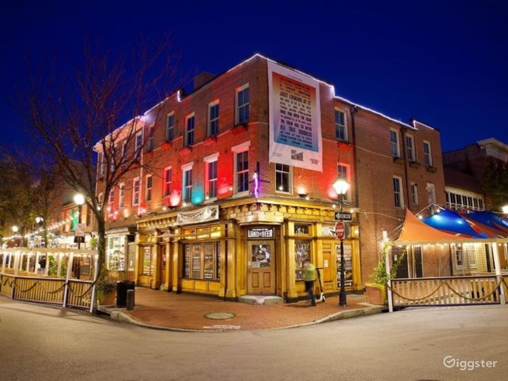 Contemporary Bar in Baltimore, Maryland with Largest Beer Selection
