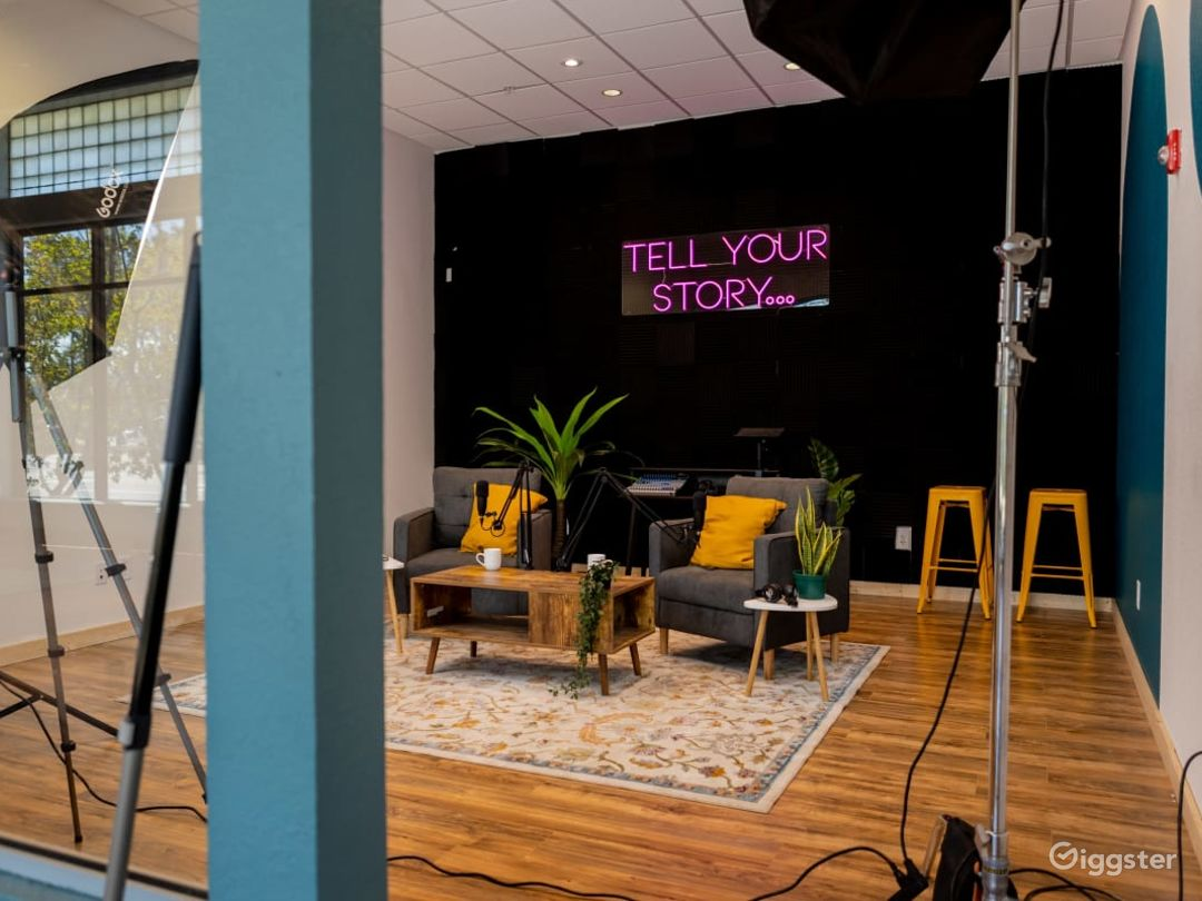A Spacious Production Studio in Downtown  Photo 1