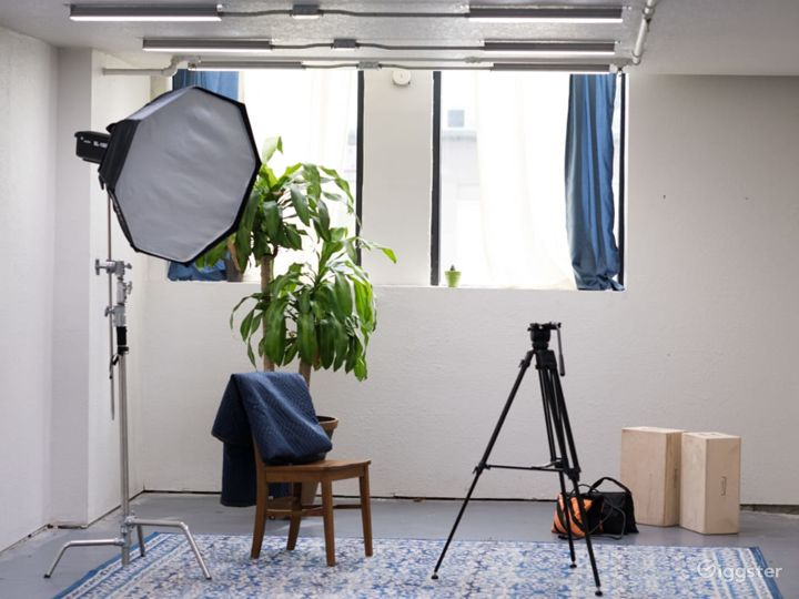A Spacious Production Studio in Downtown  Photo 3