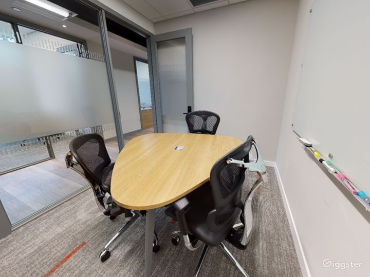 Conference Room B Photo 4