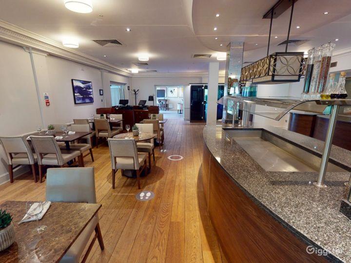 Inviting Bar & Restaurant in Oxford Photo 3