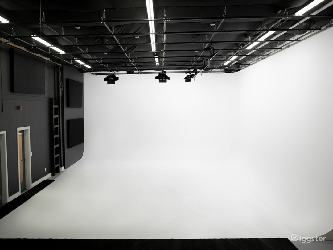 Seattle Area's Newest Cyc Studio Photo 1