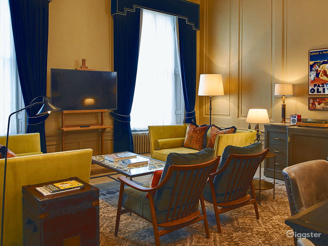 Lovely Drawing Room in Edinburgh Photo 1