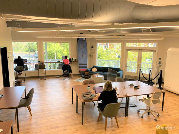 Modern Coworking Space Photo 3
