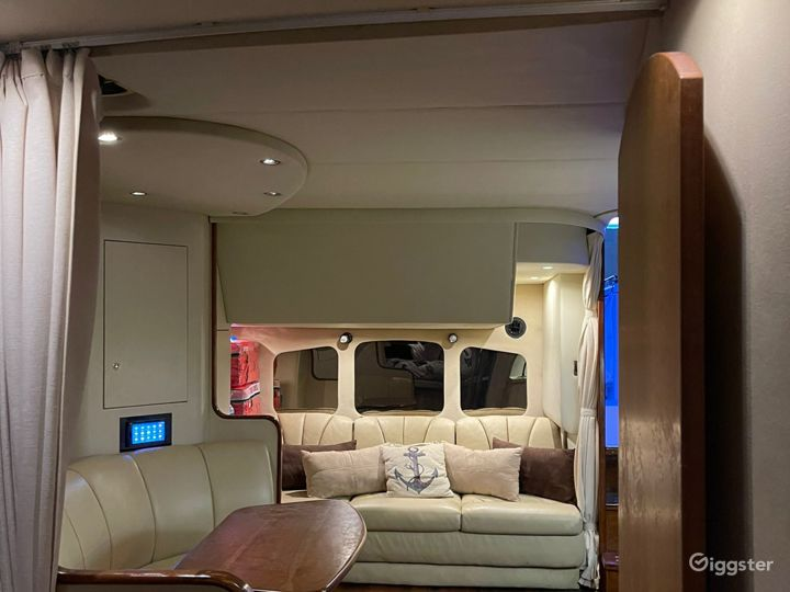 Dashing 42Ft Cruisers Oceanika Party Yacht Space Events