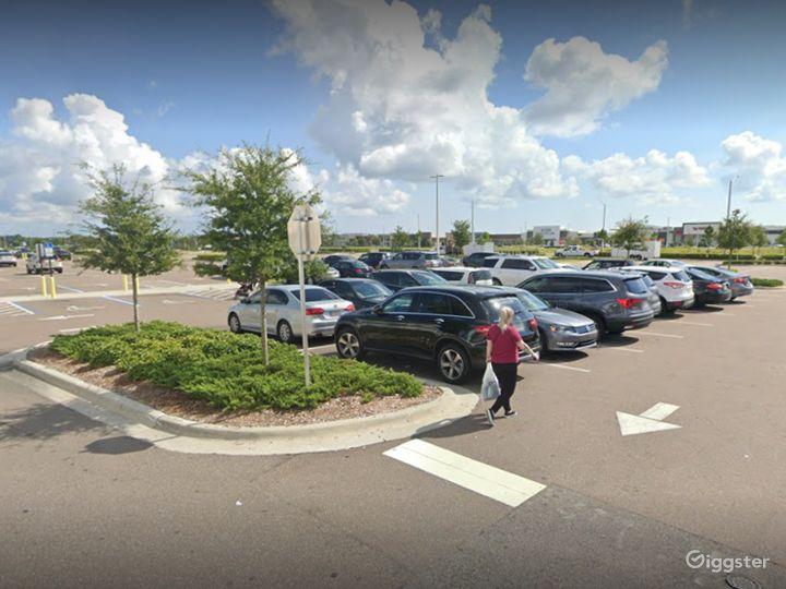 A Huge Parking Space in Daytona Beach Photo 5