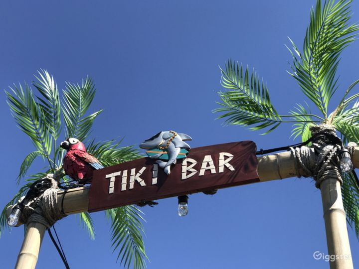 Tiki Themed Waterfront House Boat Photo 4