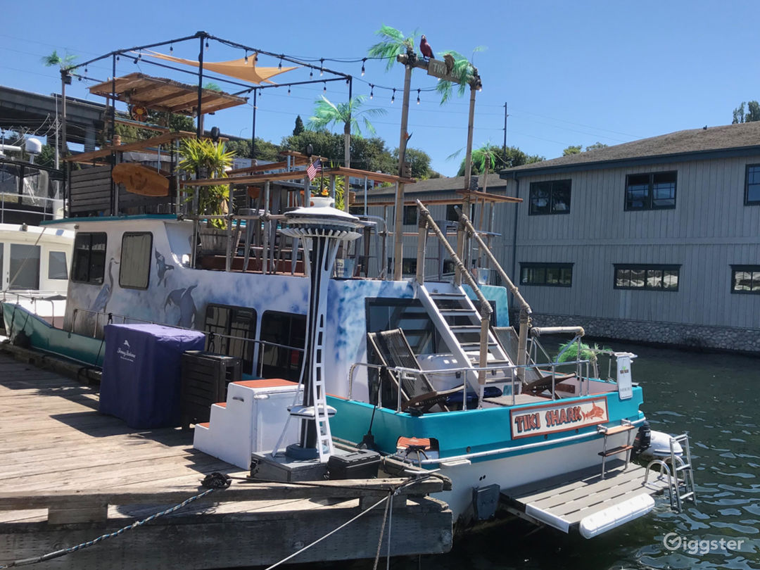 Tiki Themed Waterfront House Boat Photo 1