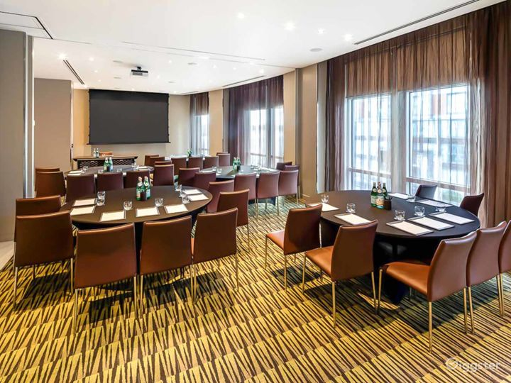 Merge Private Room 1 & 2 for up to 100 guests in Canary Wharf London Photo 2