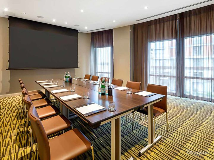 Merge Private Room 1 & 2 for up to 100 guests in Canary Wharf London Photo 3