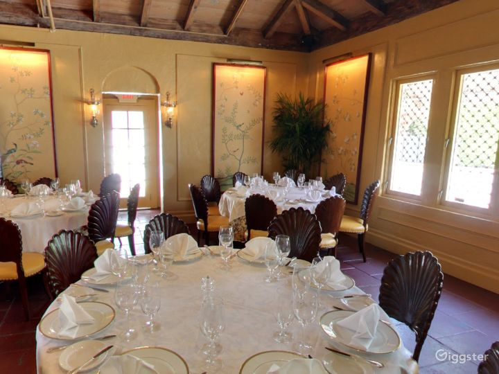 Warm and Cozy Private Dining Space in Palm Beach Photo 5