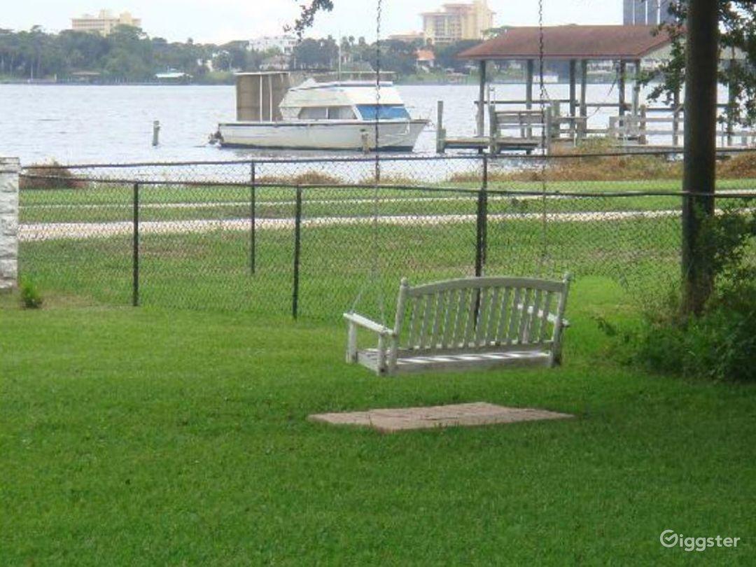 Outdoor Riverfront Lawn Venue Photo 1
