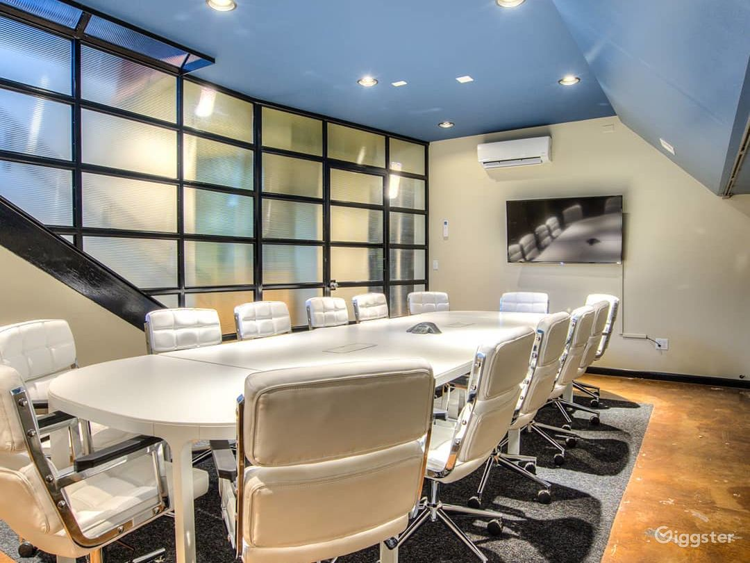 Conference Room B Photo 1