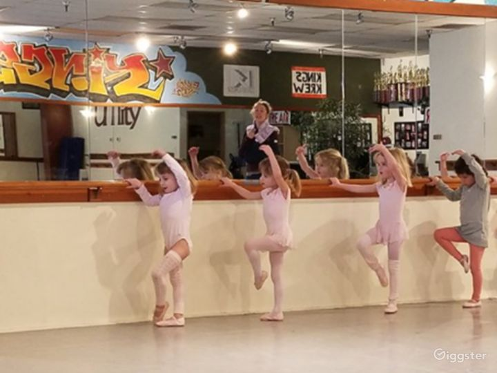 Dance Studio, Parties and More in Springfield Photo 4