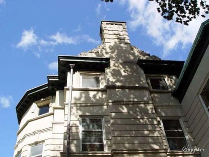 Large period mansion: Location 3299 Photo 2
