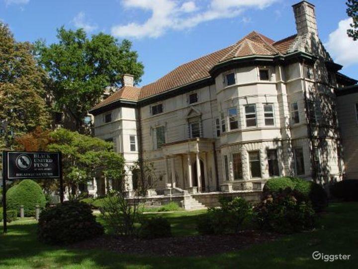 Large period mansion: Location 3299 Photo 3