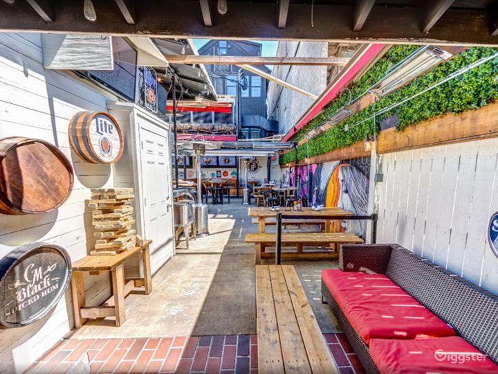 Attractive and Unusual Mezzanine in Chicago (Mezzanine Area) Photo 5