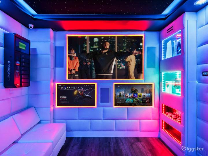 VIP Starlit Lounge Photo 3