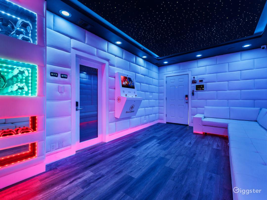 VIP Starlit Lounge Photo 1