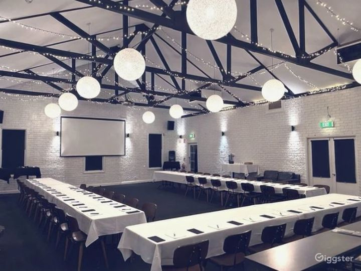 Queen Street Ballroom with Sophisticated Setting Photo 4