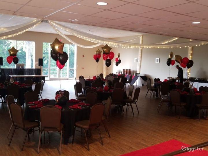 Spacious Ballroom event space at Charlotte NC Photo 4
