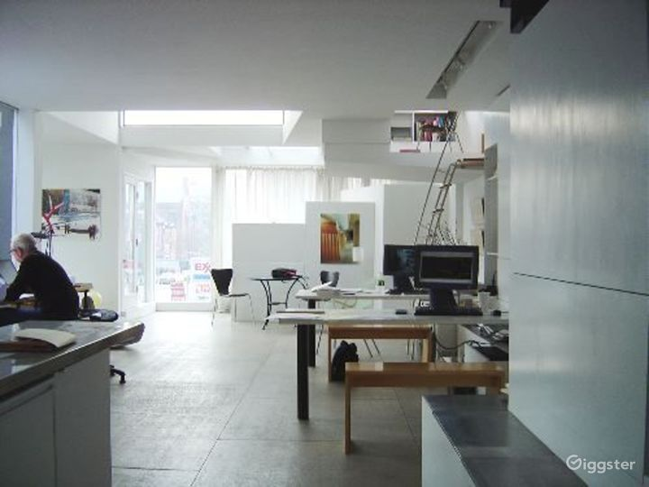 Upscale architects office: Location 2948 Photo 4
