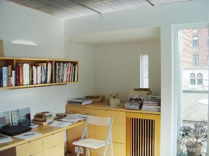 Upscale architects office: Location 2948 Photo 5