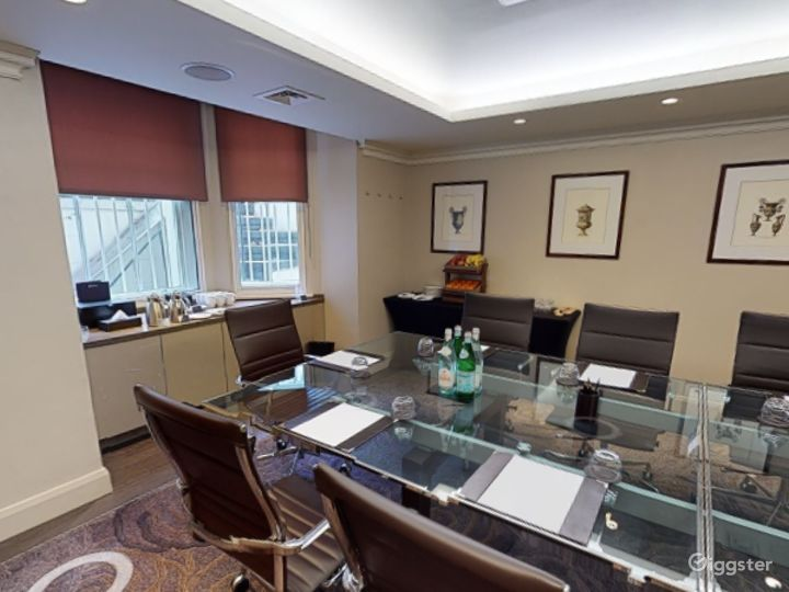 Exclusive Private Room 2 in Cromwell Road, London  Photo 5