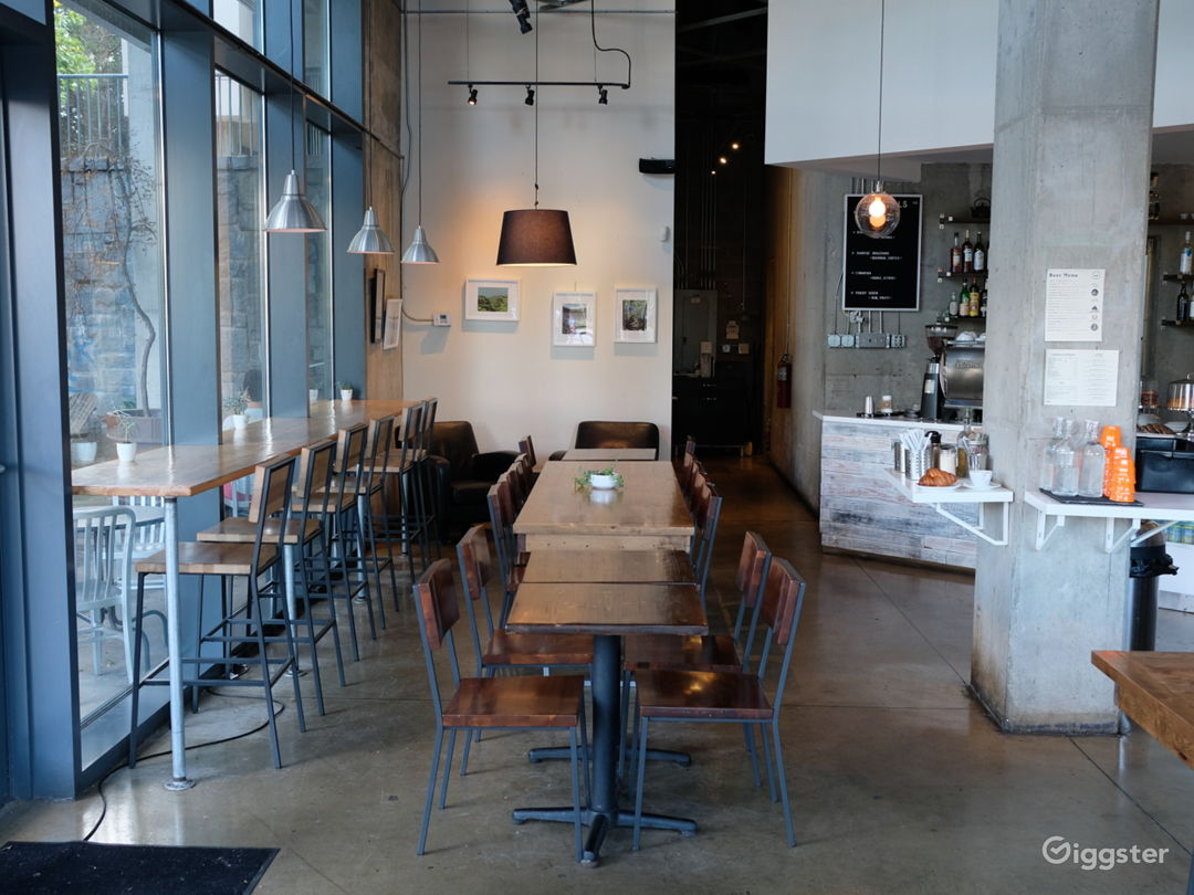 Spacious Modern Coffee Shop  Photo 1