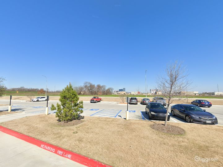 Open Spacious Location in Fort Worth Photo 4
