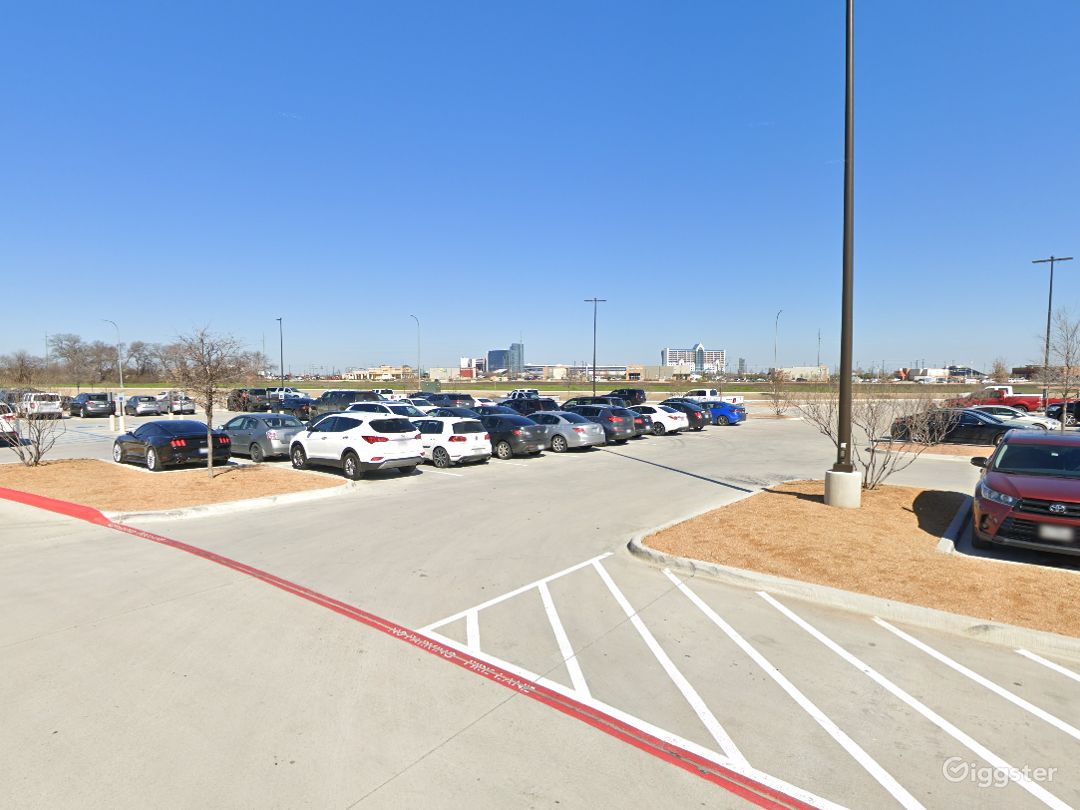 Open Spacious Location in Fort Worth Photo 1
