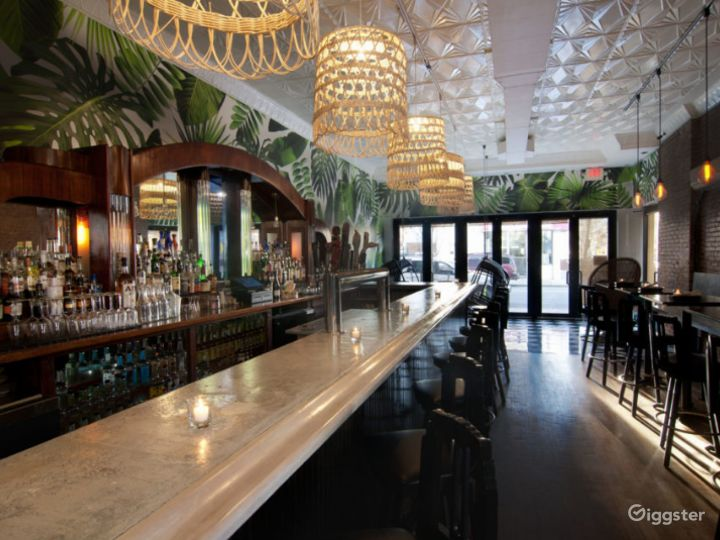 Gorgeous Gastropub with Caribbean Flavors BUYOUT Photo 4