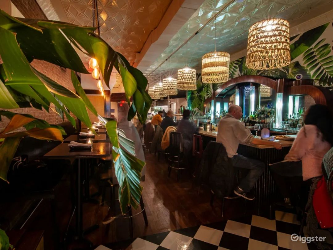 Gorgeous Gastropub with Caribbean Flavors BUYOUT Photo 1