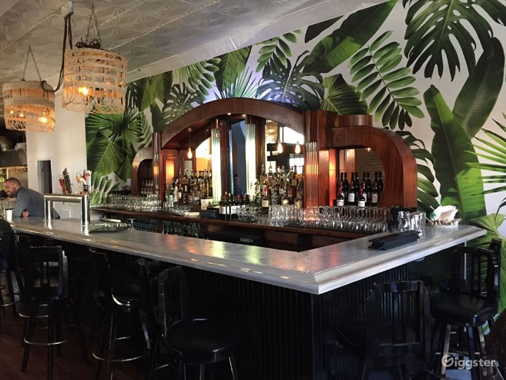 Gorgeous Gastropub with Caribbean Flavors BUYOUT Photo 5