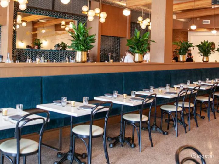 Indoor Dining Space in Chicago Photo 2