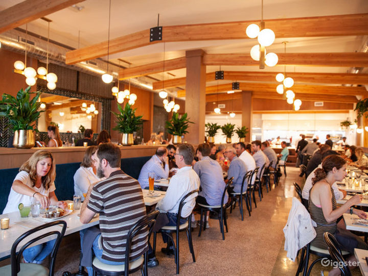 Indoor Dining Space in Chicago Photo 5