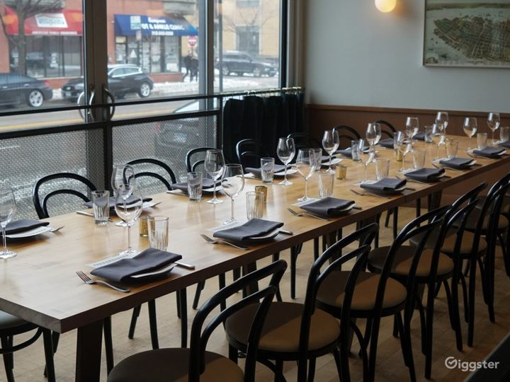 Indoor Dining Space in Chicago Photo 3