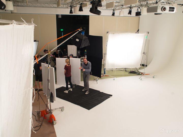 Studio One – Cyc Studio Photo 3