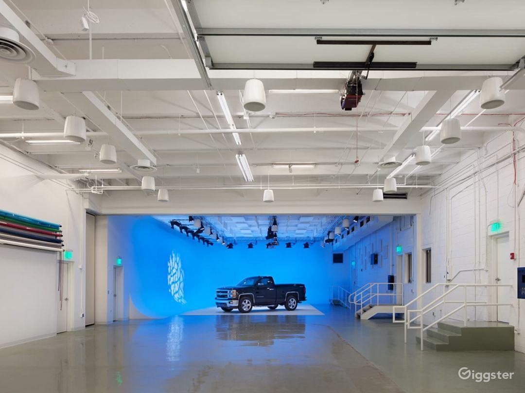 Studio One – Cyc Studio Photo 1