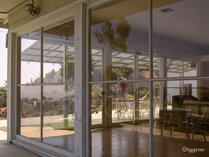 Mid-century Beauty in Beachwood Canyon with Views Photo 3